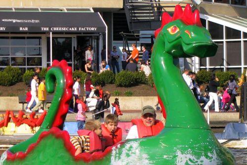 boys-dragon-boat