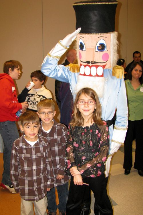 kids-with-nutcracker