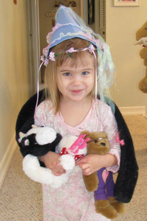 brea-princess-hat