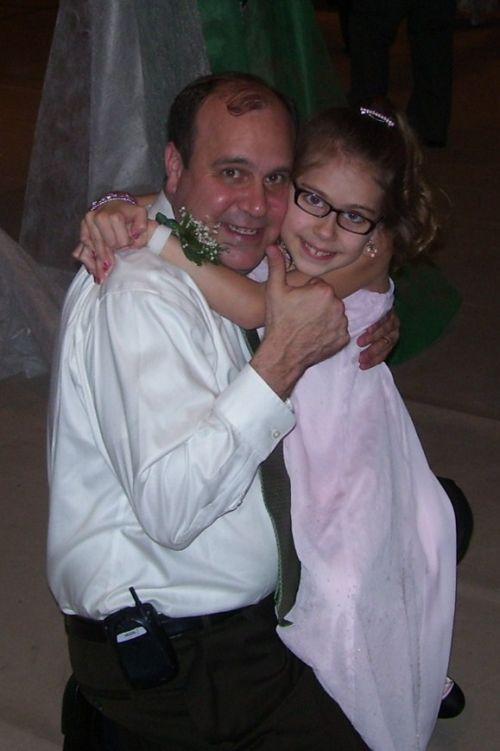 brooke-hugging-daddy