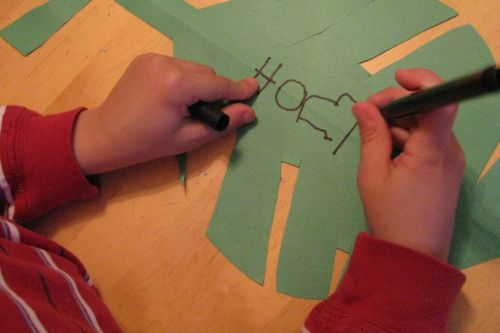making-a-leaf