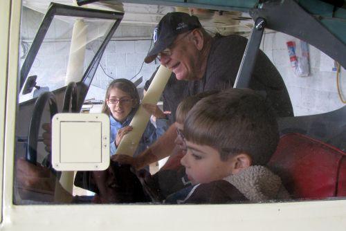 don-kids-flying
