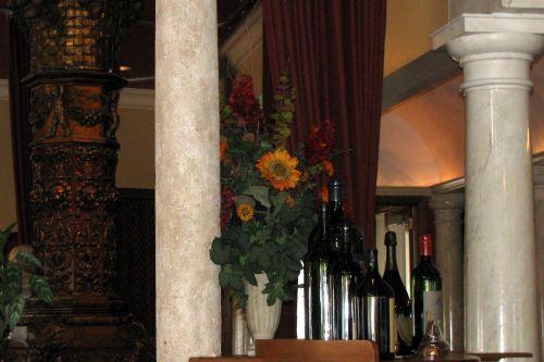 della-notte-columns