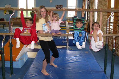gym-all-four-kids