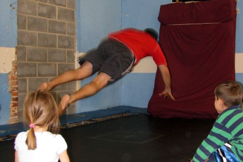 gym-chuck-trampoline