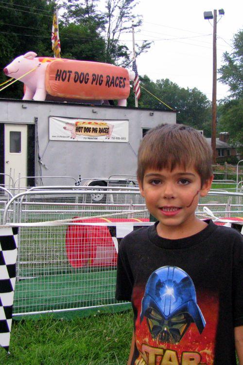 brian at pig races