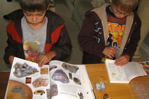 boys identifying geode